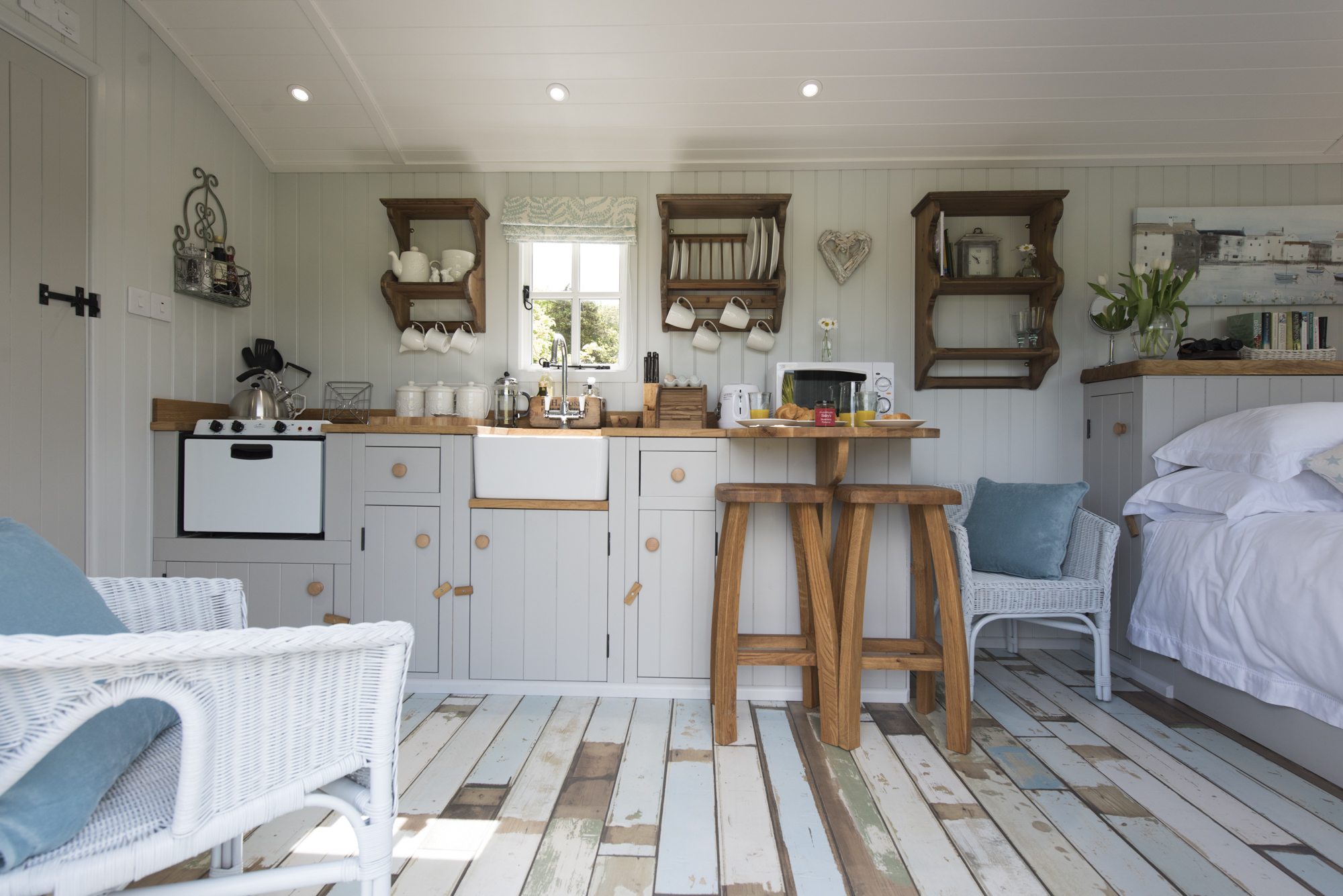 Shepherds Hut Heaven Cornwall Interiors